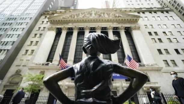 """미국 뉴욕 증권 거래소, 반등 마감 … """"좋은 고용 지표, 국채 금리 인상 제한"""""""